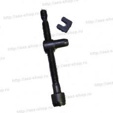 Натяжитель цепи в сборе для для китайских бензопил объемом двигателя 45-52 см3 прямой
